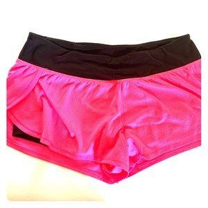 VS sport lined shorts!